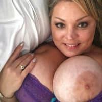 Femme à gros seins pour sexe sans lendemain